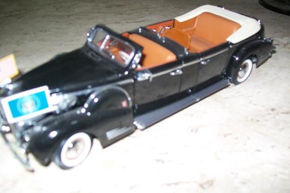 Miniatura Limousine - 1936 - Cadillac V-16 - Escala 1/24