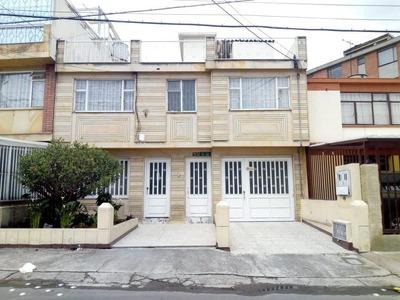 Casa En Venta Ciudad Jardín Sur Bogota.