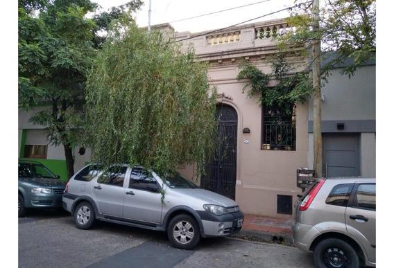 Casa Antigua En 2 Plantas De 4 Amb.en Qta. Galli Totalmente