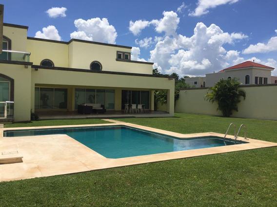 Venta De Hermosa Residencia En Fraccionamiento Montebello