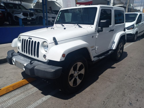 Imagen 1 de 10 de Jeep Sahara 2014