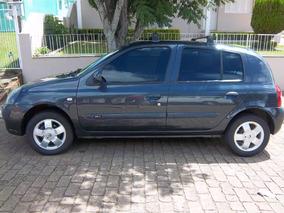 Clio - Hatch - Privilege - 1.0 - 16 V - Ano: 2004