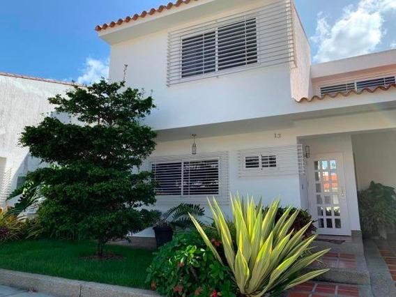 Casa En Venta Trigal Norte Valencia Cod.20-4846 Akm