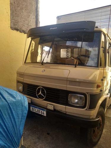 Mercedes Benz Mb 708e Com Baú
