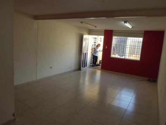 Comercial En Venta En Cabudare Centro, Al 20-750