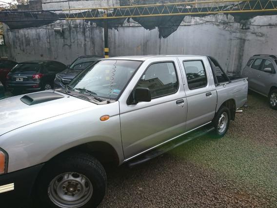 Nissan Np 300 2010 Excelente Estado