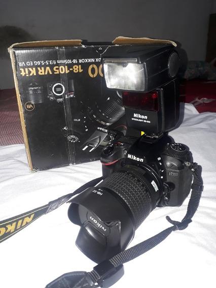 Nikon D7100 + Lente 18 135mm Nova + Flash Nikon Sb600