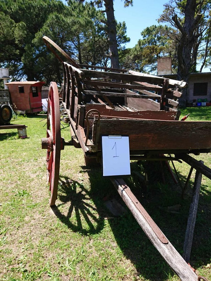 Carro De Sulky Antiguo Con Ruedas De Madera Y Hierro