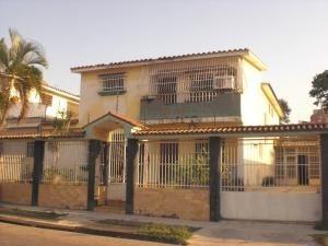Casa En Venta, Codigo 20-3768, Trigal Sur, Valencia Mpg