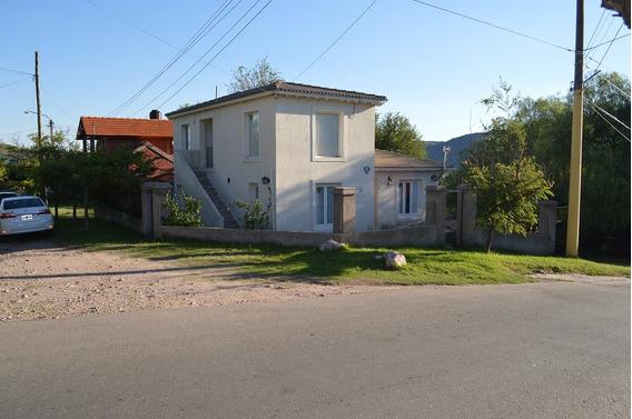 Casa Con Excelente Ubicación Y Vista Panorámica.