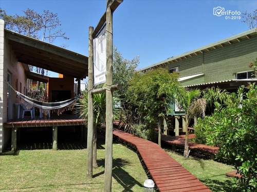 Casas Para Alquilar, Con Piscina Comun En Punta Del Diablo