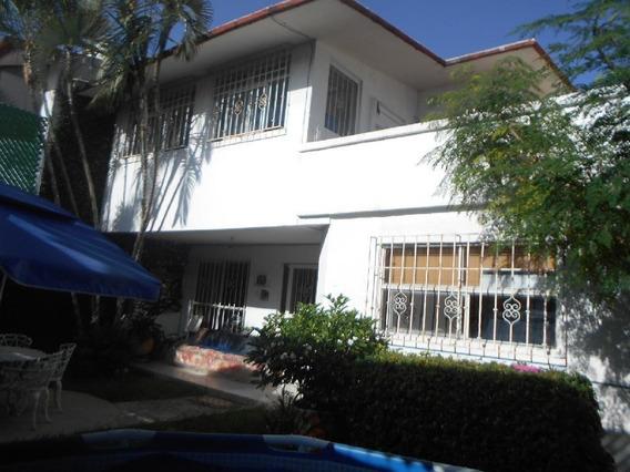 Venta Casa Sola Estilo Conservador Moderno Col. Las Palmas Cuernavaca Morelos