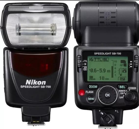 Flash Nikon Sb700 Semi-novo