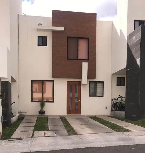 (crm-4341-303) Casa En Renta En Zibata Queretaro