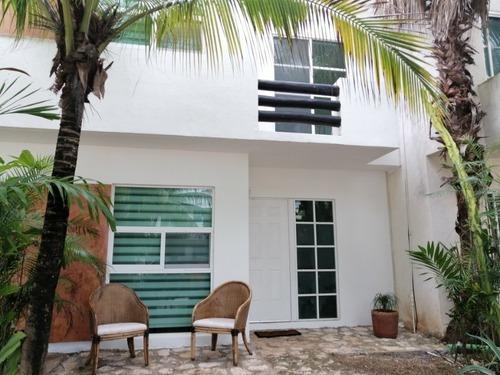 Casa 3 Recamaras A 5 Minutos Del Mar Caribe Play Del Carmen