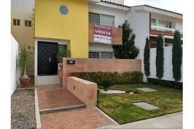 Hermosa Casa, Al Norte De Aguascalientes, Con Unica Casa Club