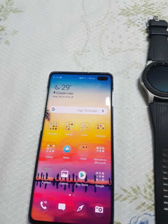 Galaxy S10+ E Galaxy Watch