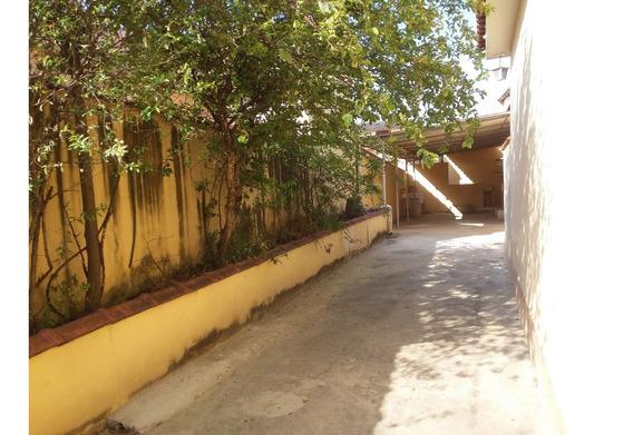 Casa Em São João De Meriti - Jardim Meriti - Vendo