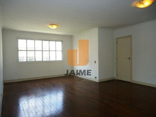 Apartamento Padrão Com 2 Dormitórios E 1 Vga. - Ja8895