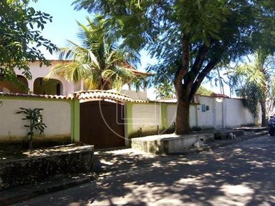 Casa - Ref: 823602