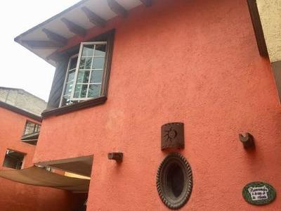 Santa Cruz Xochitepec, Hermosa Casa Iluminada Con Acabados En Cantera Y Mármol