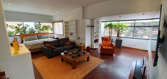Apartamento Duplex En El Nogal En Venta Mls 19-1038 Fr