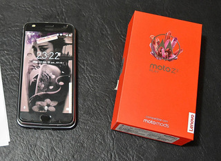 Motorola Z2 Play + 2 Moto Mods Power Pack Y Jbl Soundboost