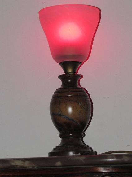 Luminária Italiana Mármore Rosado Cúpula Vidro Satine Grosso