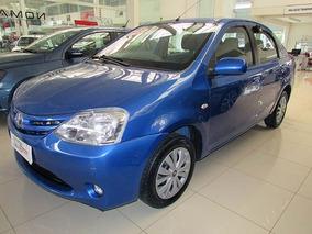 Toyota Etios Sd X 1.5 2013 Azul Flex