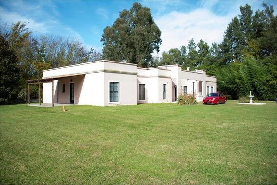 Casa Quinta Campos De Roca Sobre Lote 9320m2 5 Amb