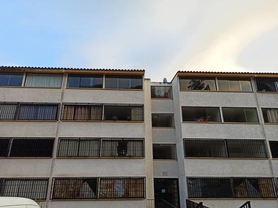Apartamento Ubicado En El Solar De La Quinta Los Teques