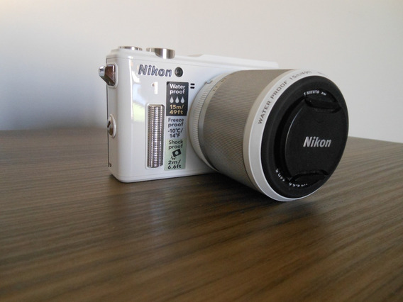 Câmera Nikon Aw1 - A Prova D