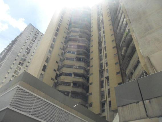 Apartamentos En Venta - La Candelaria - 20-16168