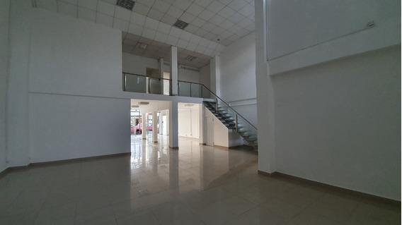 Alquiler Local Comercial + Oficina. Centro De Posadas.