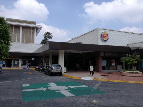 Bodega En Plaza Del Sol