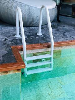 Escaleras 3 Escalones En Fibra De Vid (piscinas O Albercas)