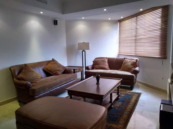 Apartamento En Venta Actualizado Y Amoblado