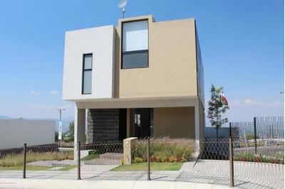 Casa En Venta En Zibata, El Marques, Rah-mx-18-291