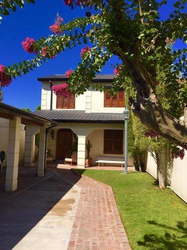 Hermosa Casa En Bella Vista.