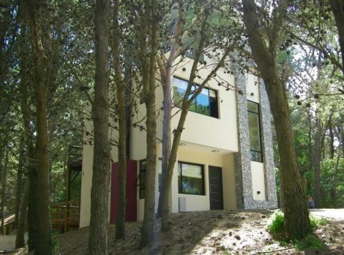 Imagen 1 de 14 de Casa 3 Amb En Lote De 600m2 Excelente Ubicación