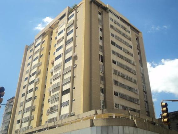 Apartamento En Venta, La Candelaria, Caracas, 0412-3026193