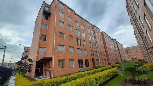 Imagen 1 de 14 de Apartamento En Renta Conjunto La Finca  Madrid