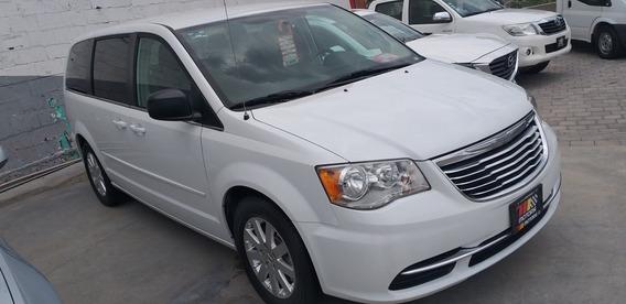 Chrysler Town & Country Li Automática