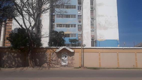 Apartamento En Venta Ciudad De La Faria