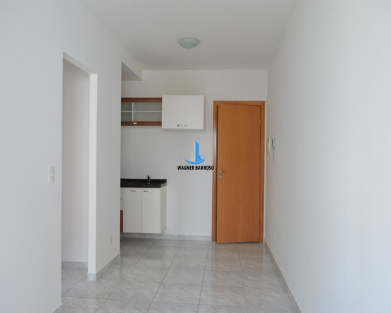 Apartamento 1 Quarto Para Alugar No Centro, Semi Mobiliado, Em Condomínio Clube - Ap00154 - 34828974