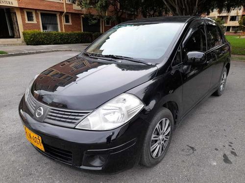 Nissan Tiida 1.8 Automatico