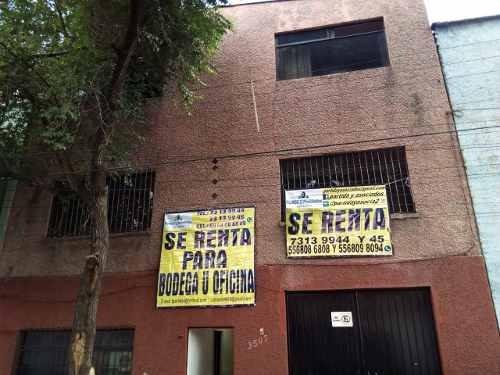 Bodega En 3niveles, A 2calles De Circuito Y Eduardo Molina