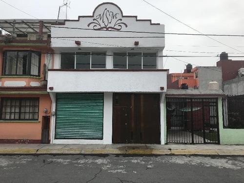 Casa Sola En Venta En Villas Santín, Toluca, México