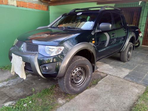 L 200 Triton Savana