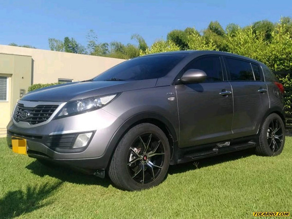 Kia Sportage Revoltion At Abs Aa